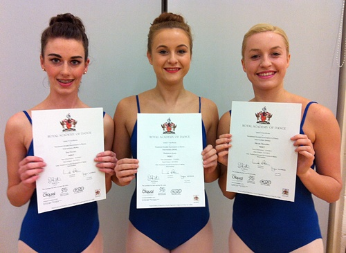 Senior ballet students Nicole Haizelden Maddie Jones & Eve Dornan with their RAD Intermediate Ballet Examination certificates