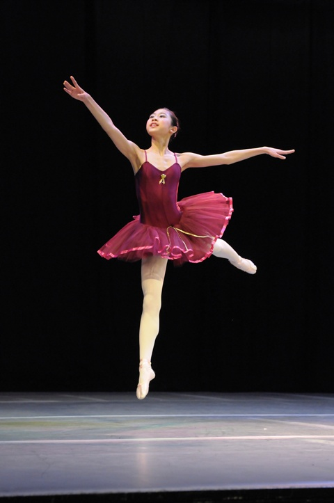 Exeter-Festival-Ballet-Dancer-2-Joanna-Mardon-Dance-School-Photo