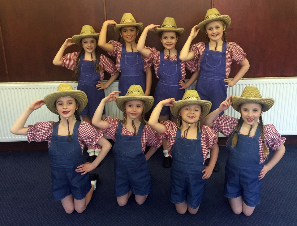 Exeter-Festival-Joanna-Mardon-Dance-School-Photos-Ballet-Dancers-cowboys