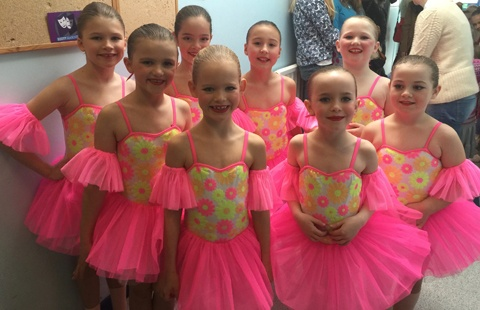 Exeter-Festival-Joanna-Mardon-Dance-School-Photos-Young-Ballet-Dancers-group